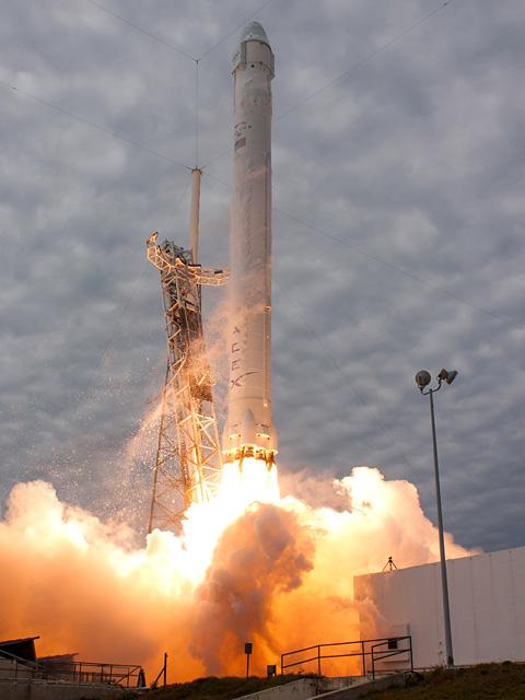 20130301-launch1