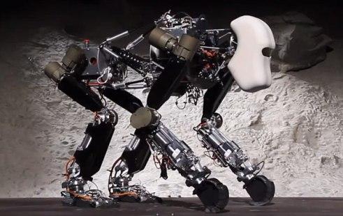 Le robot du projet iStruct du DFKI