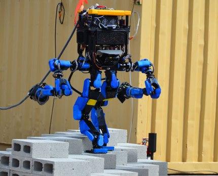 S-One, le robot de Schaft Inc.
